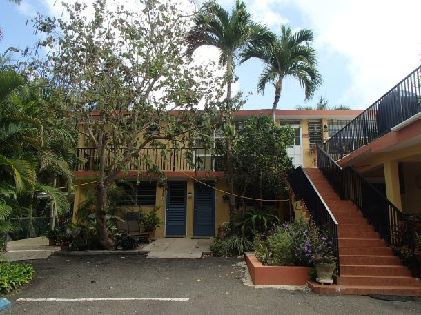 One Night Stay: A Review of the Ceiba Country Inn